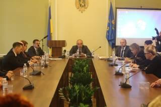 Конкурсна комісія заслухала двох кандидатів на посаду керівника Львівського перинатального центру
